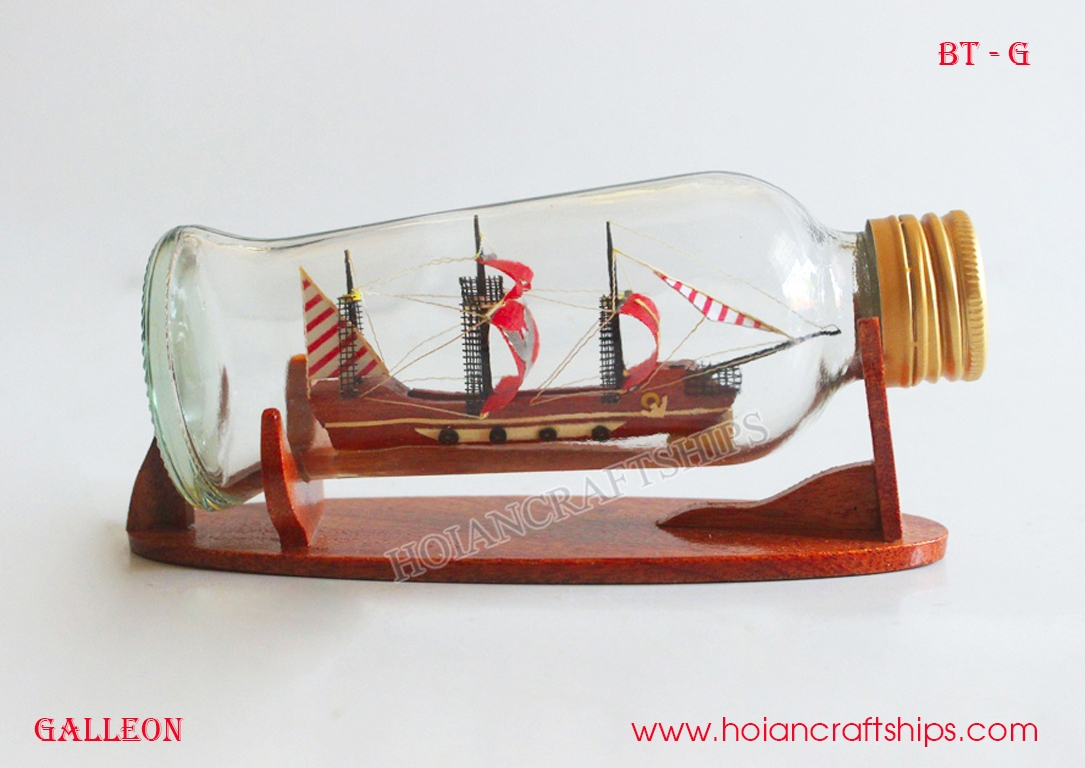 Galleon Ship in Small Bottle (Red)